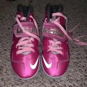 pink breast cancer lebrons
